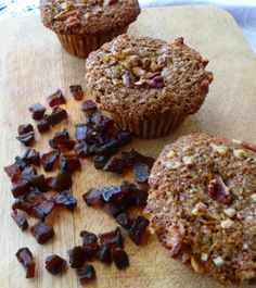 Applesauce muffins -- 100% whole grain