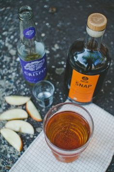 SNAP Stone Fence classic cocktail: 2oz SNAP + 6oz sweet hard cider