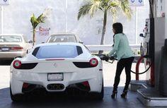 Kim Kardashian – Ferrari 458 Italia
