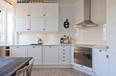 square cupboards? love.