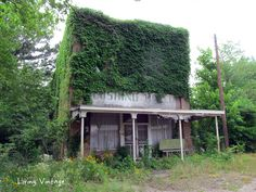 The old, abandoned hotel that was never a 'real' hotel - Living Vintage
