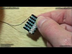 Peyote Stitch Tutorial: how to make the turn on an odd/even count Peyote beadwork | Beading Tutorial