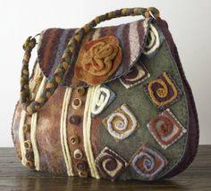 wool felt, wool floral, wool purs, felt wool, accessori, earth tones, bag, floral purs, felted wool