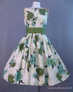 nice dress full skirts, costumes, floral prints, dream dress, 1950s, vintage green cotton dresses, floral dresses, 50s dresses, vintage clothing