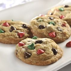 NESTLÉ® TOLL HOUSE® Holiday Chocolate Chip Cookies | Meals.com