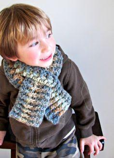 Child's crochet scarf pattern