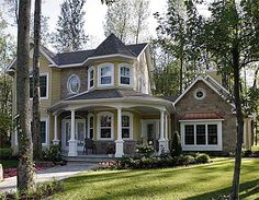Plan W2142DR: Canadian, Photo Gallery, Corner Lot, Victorian, Country, Metric House Plans & Home Designs. This could work!