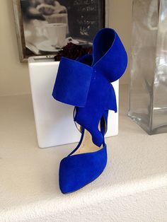 Aminah Abdul Jillil Bow Pump in Blue