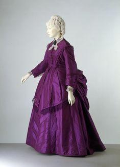 Day Dress - 1870-1873 - The Victoria & Albert Museum