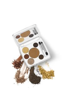 Bronze and golds from our Bali Bronze Shade Play Eye Palette #emcosmetics #michellephan #emmichellephan #emeyesofmarch