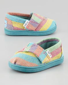 Awwhhh......baby Toms....too cute!