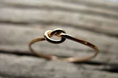 knot ring @laurenwilliamson I thought you would like this!