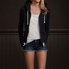 Hollister Look