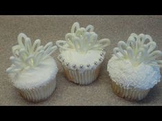 Wedding or bridal shower cupcake tutorial