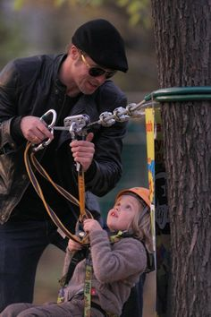 Brad Pitt and Angelina Jolies family outing to the park