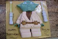 Lego Yoda cake