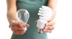 How to Buy the Right energy-saving CFL lightbulb:  A Cheat Sheet