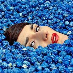 We're going completely crazy for Yelle's new French pop banger — Completement Fou.