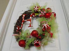 christma wreath, diy ideas, christmas wreaths, holiday wreaths, balls, ornament, front doors, homemade christmas, diy christmas