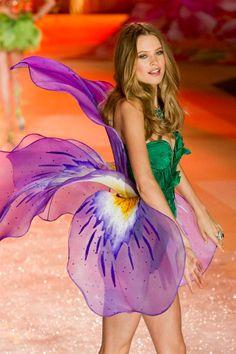 VS Fashion Show 2012