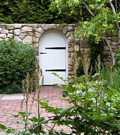 Garden gate fence wall on pinterest garden gates for Hoerr schaudt landscape architects