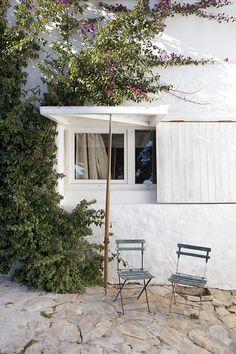 The inspiring Atelier / summer cottage of Pepa Poch ❥