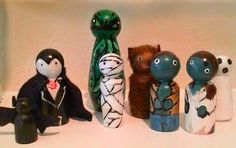 Halloween peg people, zombie peg people couple, Dracula, mummy, wolf man