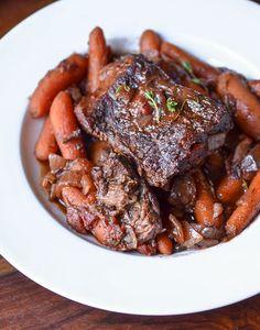 pot roast, individu pot, roast recipes, beef, dinners, dinner recipes, carrot recipes, carrots, potroast