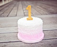 I like the gold candle- smash cake - 1st birthday