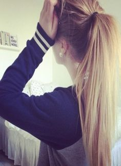 Try this high ponytail hairstyle for your next workout.