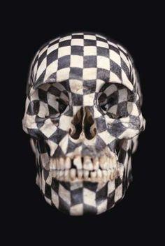 Gabriel Orozco skull