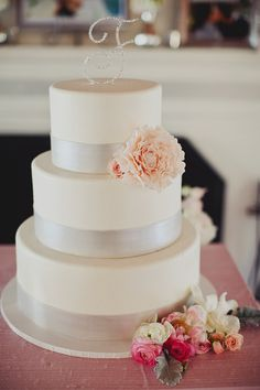 classically beautiful wedding cake
