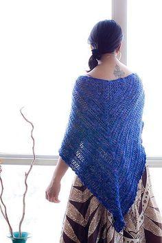 Free Crocheting Pattern: Lisas Shawl