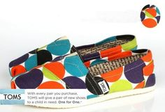 Polka dot toms shoes
