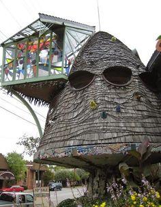 Unusual Homes -The Mushroom House, in Cincinnati (Ohio, USA).