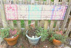 Pretty fence art!