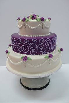 Classic purple and white wedding cake with marzipan roses | Flickr - Photo Sharing! purple cake ideas, cake amsterdam, purple and white cake, middl layer, purple flowers, white weddings, white cakes, white wedding cakes, birthday cakes