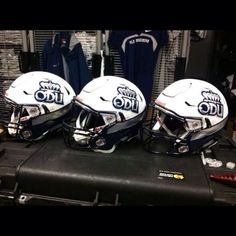 "Check out the new alternate helmets Old Dominion University will be wearing this season.  The helmets feature a two toned painted look and High Wedge Chrome stripe along with their traditional ""ODU"" crown logo side decals with Chrome accents.  Also, for those of you wondering what helmet style this is, it is the new Riddell Speed Flex which is currently only available to collegiate football programs.  We are proud to be the official decal supplier to Old Dominion University."