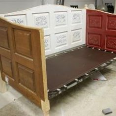 DIY daybed how to make a day bed, how to make a daybed, diy day bed, diy daybed bed, bed headboards, diy daybed from doors, old doors, bedroom