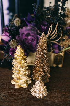 gold and purple holiday // photo by Aubrey Renee http://ruffledblog.com/gothic-holiday-romance/ holiday photos