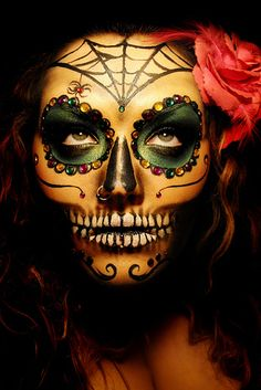 Día De Los Muertos (Day of the Dead) is a holiday celebrated in Mexico and by Mexican-Americans across the U.S. | 29 Breathtaking Día De Los Muertos Photos