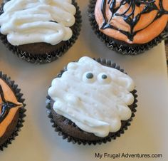 Mummy cupcake recipe- fun and perfect for class parties!