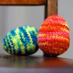 knit egg pattern