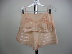 1930′s Ladies Peach Silk Bra and Tap Pants
