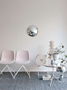 Pink and grey Residence Magazine