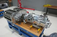 (Dual V8 Engine Coupling Drive)