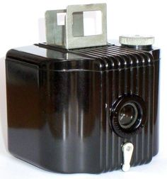 Amazing Baby Brownie Camera! I may have found a couple of shops in the UK which will sell and process the right format film for this little beauty....!