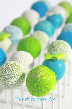 Such a vibrant, happy cake pop colour palette! #food #cakepops #cake #pops #turquoise #green