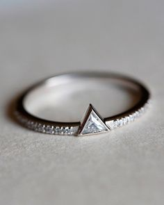 Geo diamond ring