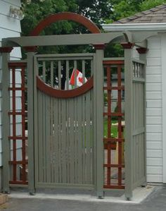 Garden Gate: Garry Douglas GardenStructure.com